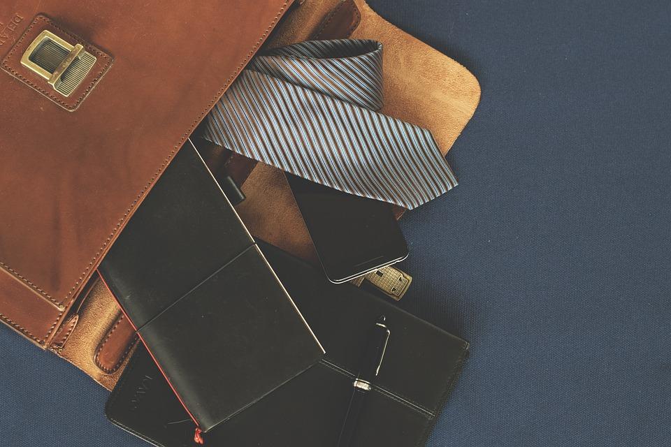Włoskie torby i teczki skórzane – za co je kochamy?