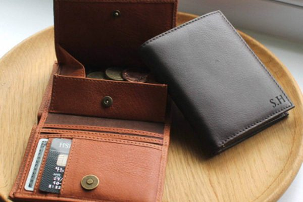 Jak dbać o portfel skórzany?
