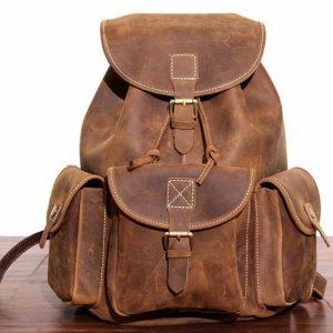 plecak skorzany z kieszeniami jasnobrązowy B33